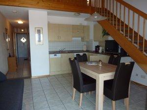 Wohnraum mit Küche Galerieferienwohnung A11
